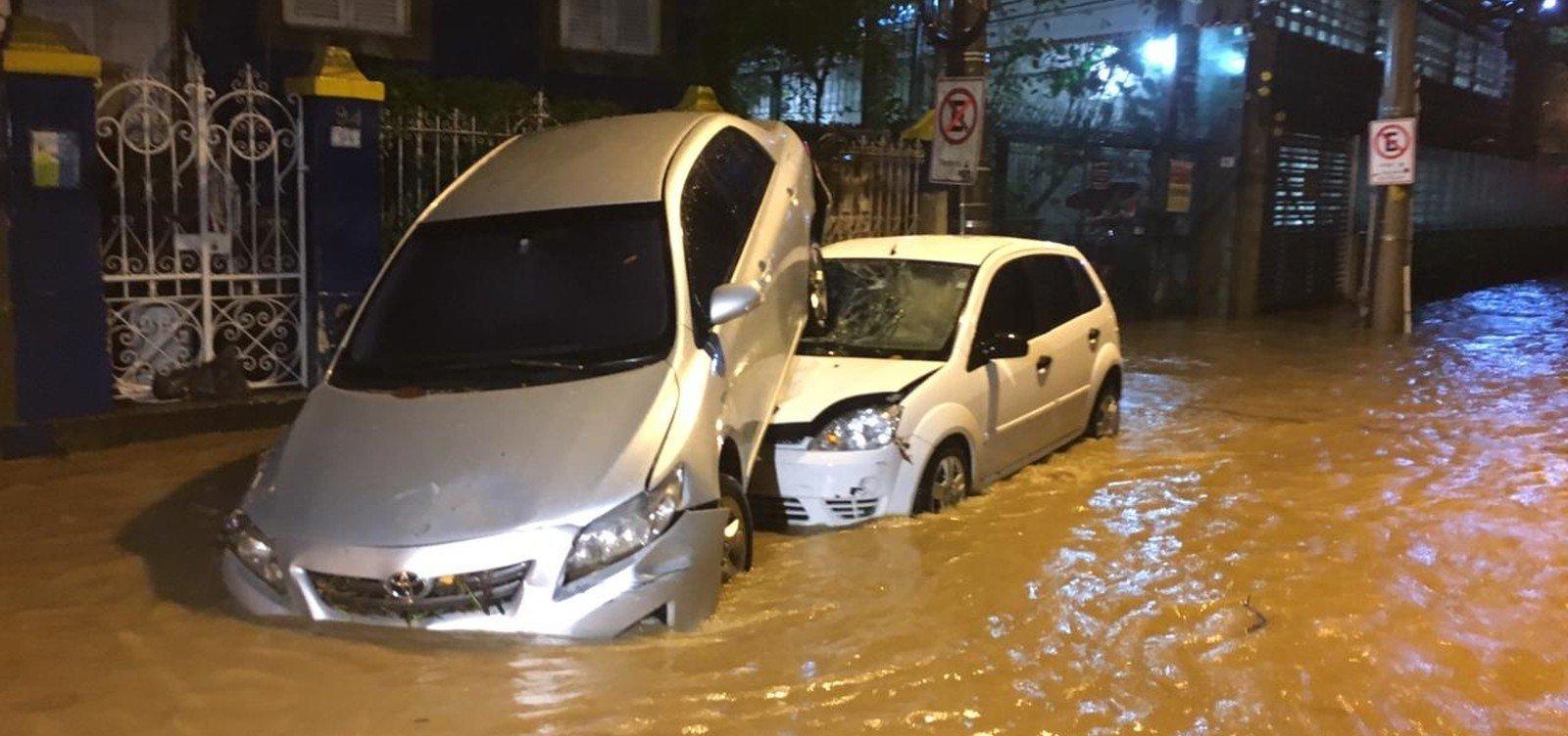 [Subiu para sete o número de mortos em temporal no Rio de Janeiro]