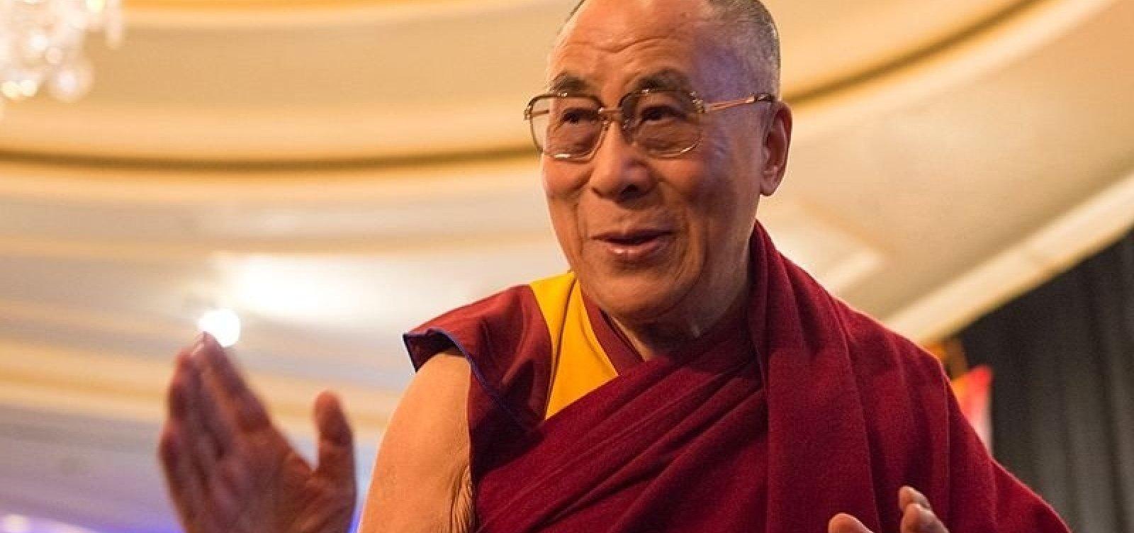 [Com dores no peito, 14º Dalai Lama é internado na Índia]