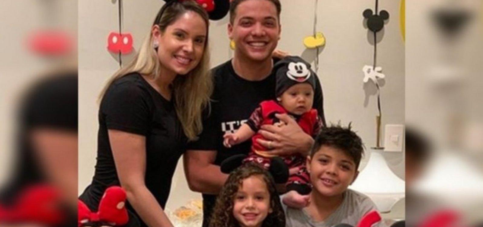 [Dois filhos de Safadão são internados em hospital de Fortaleza]