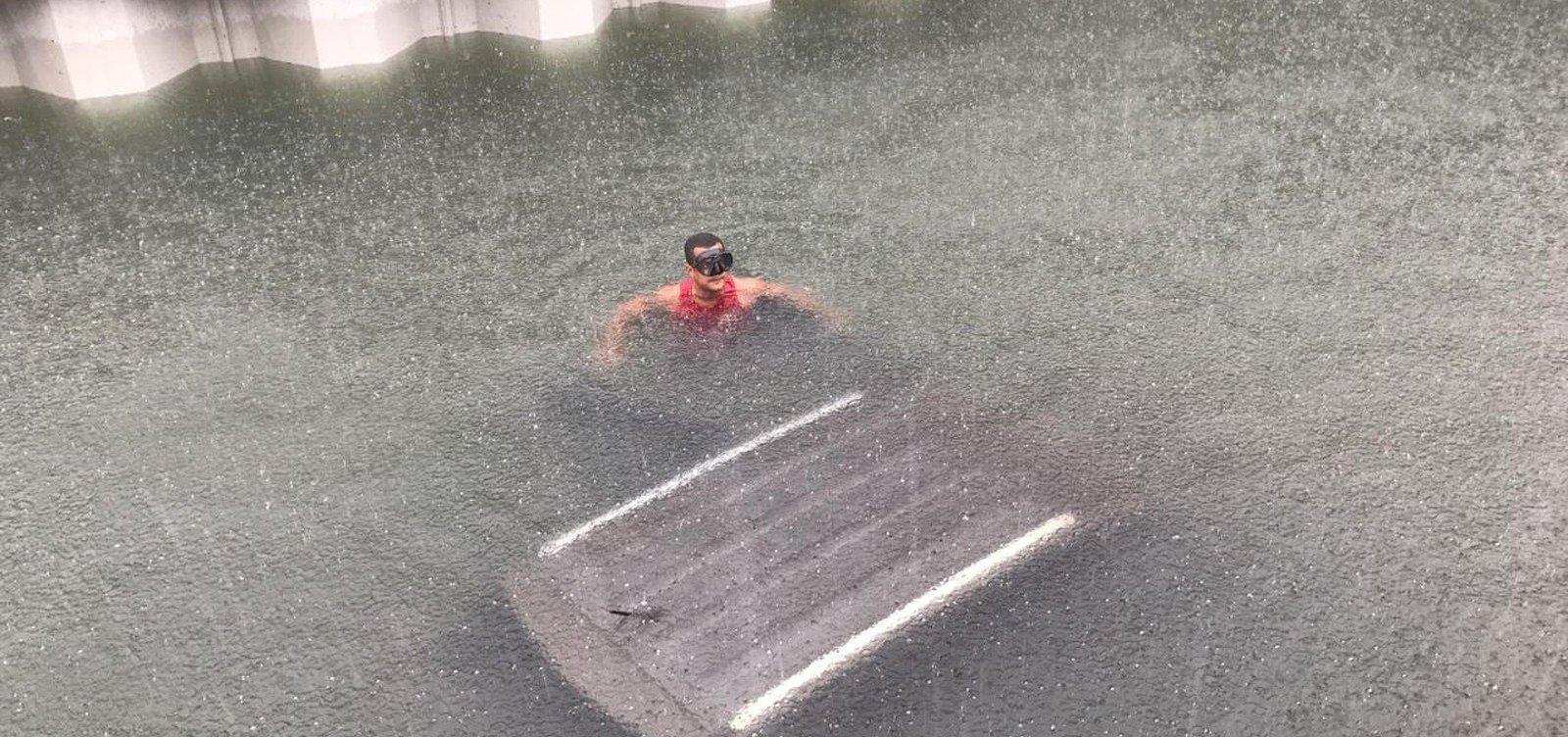 [Crivella decreta estado de calamidade pública no Rio de Janeiro após temporal]