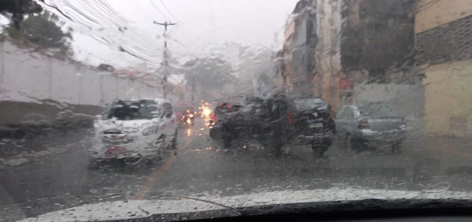 [Codesal alerta para risco alto devido às chuvas; 85 ocorrências foram anotadas]