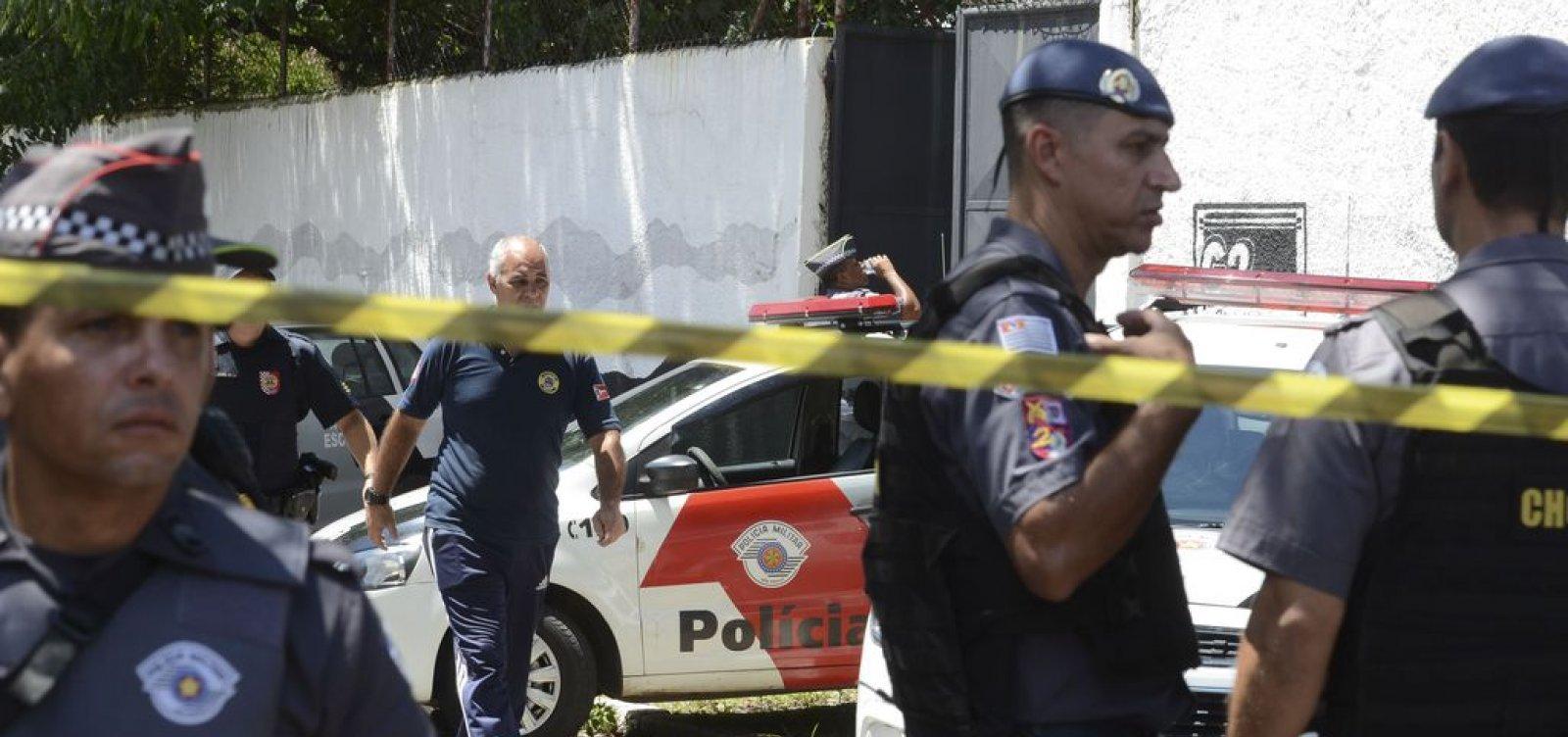 [Polícia prende dois suspeitos de envolvimento em atentado de Suzano]