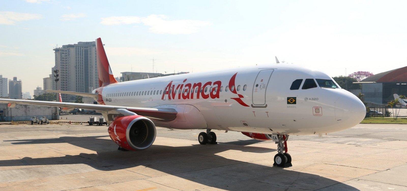[Aeroporto de Guarulhos proíbe decolagens da Avianca por falta de pagamento]