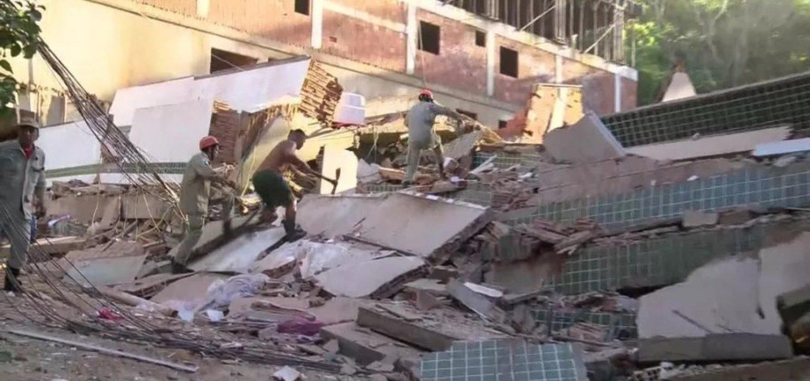 [Sobe para seis o número de feridos em desabamento no RJ; duas pessoas morreram]
