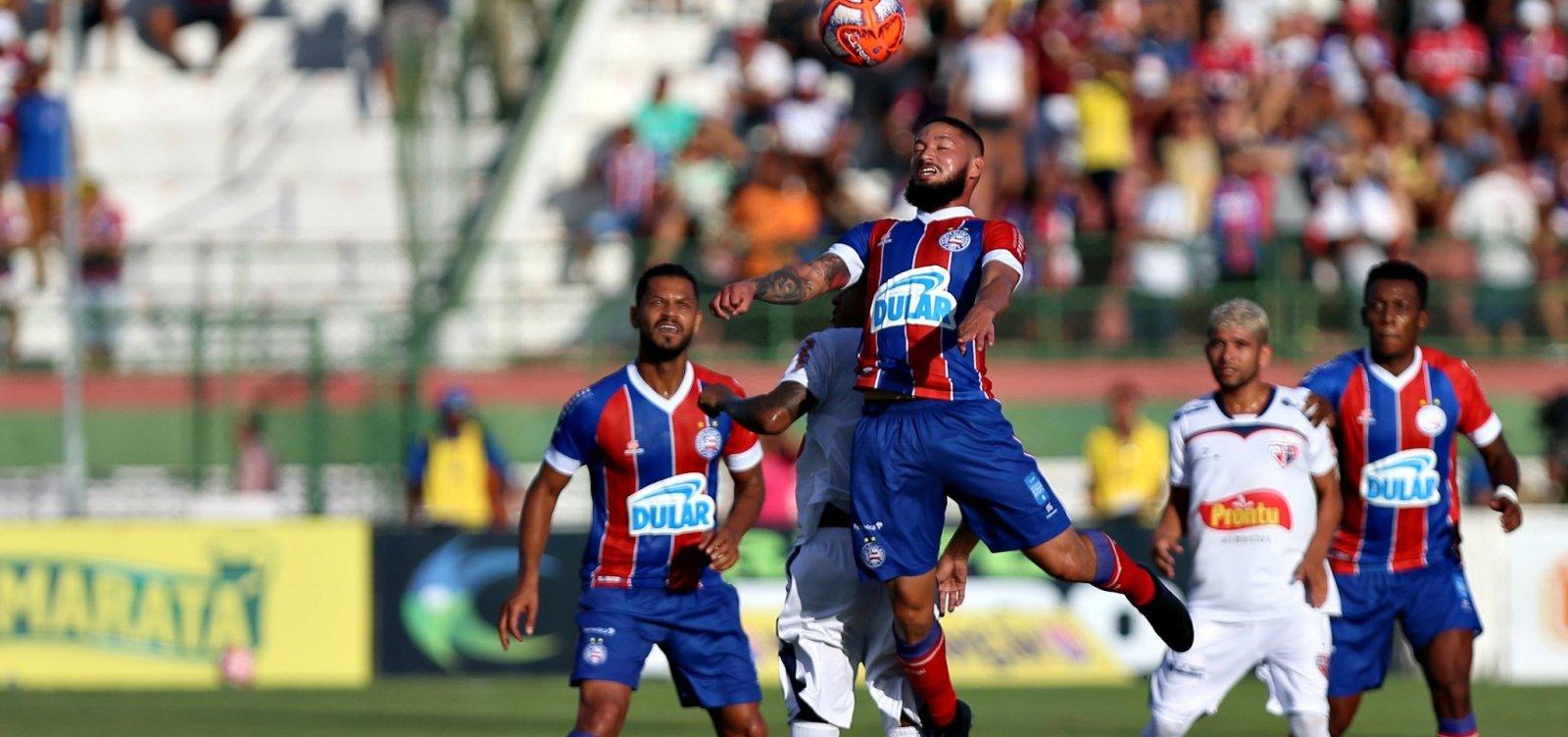 [Com gol aos 52 do segundo tempo, Bahia e Bahia de Feira empatam em 1 a 1 na primeira final do Baianão]