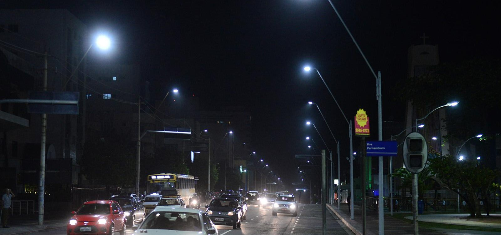 [Após suspensão de PPP, prefeitura aditiva em R$ 14 milhões contrato de iluminação pública]