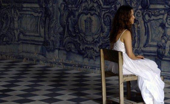 [Adriana Varejão inaugura sua primeira mostra individual em Salvador]