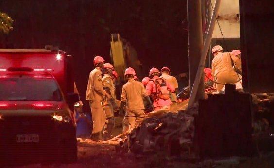 [Mais dois corpos são encontrados no Rio; número de mortos chega a 20]