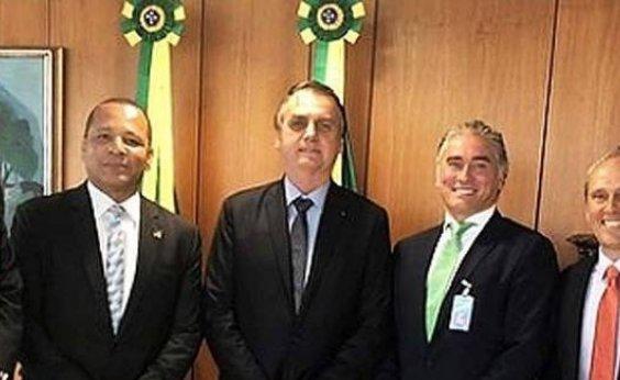 [Pai de Neymar se reúne com Bolsonaro e Paulo Guedes para tratar de processo na Receita]