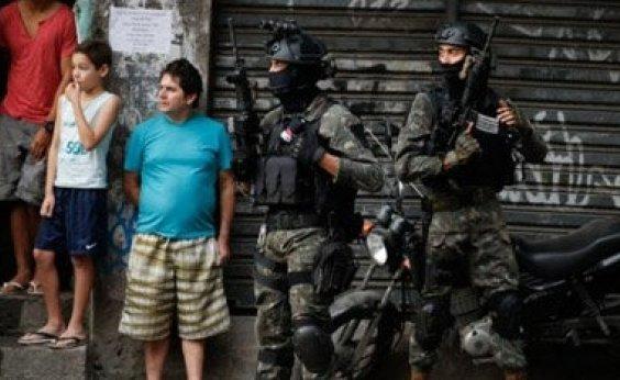 [General lamenta 'fatalidade' em ação do Exército que matou duas pessoas no Rio]