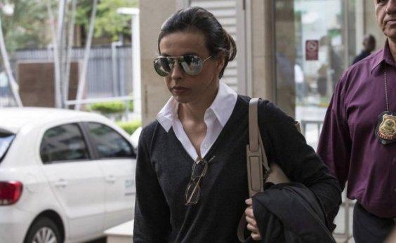 [Adriana Ancelmo é proibida de visitar Cabral como advogada]