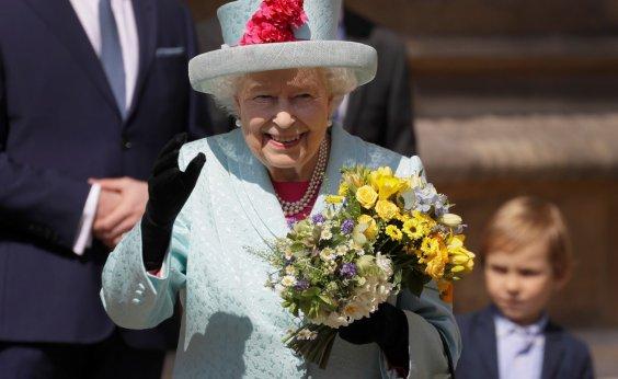 [Rainha Elizabeth II completa 93 anos neste domingo]