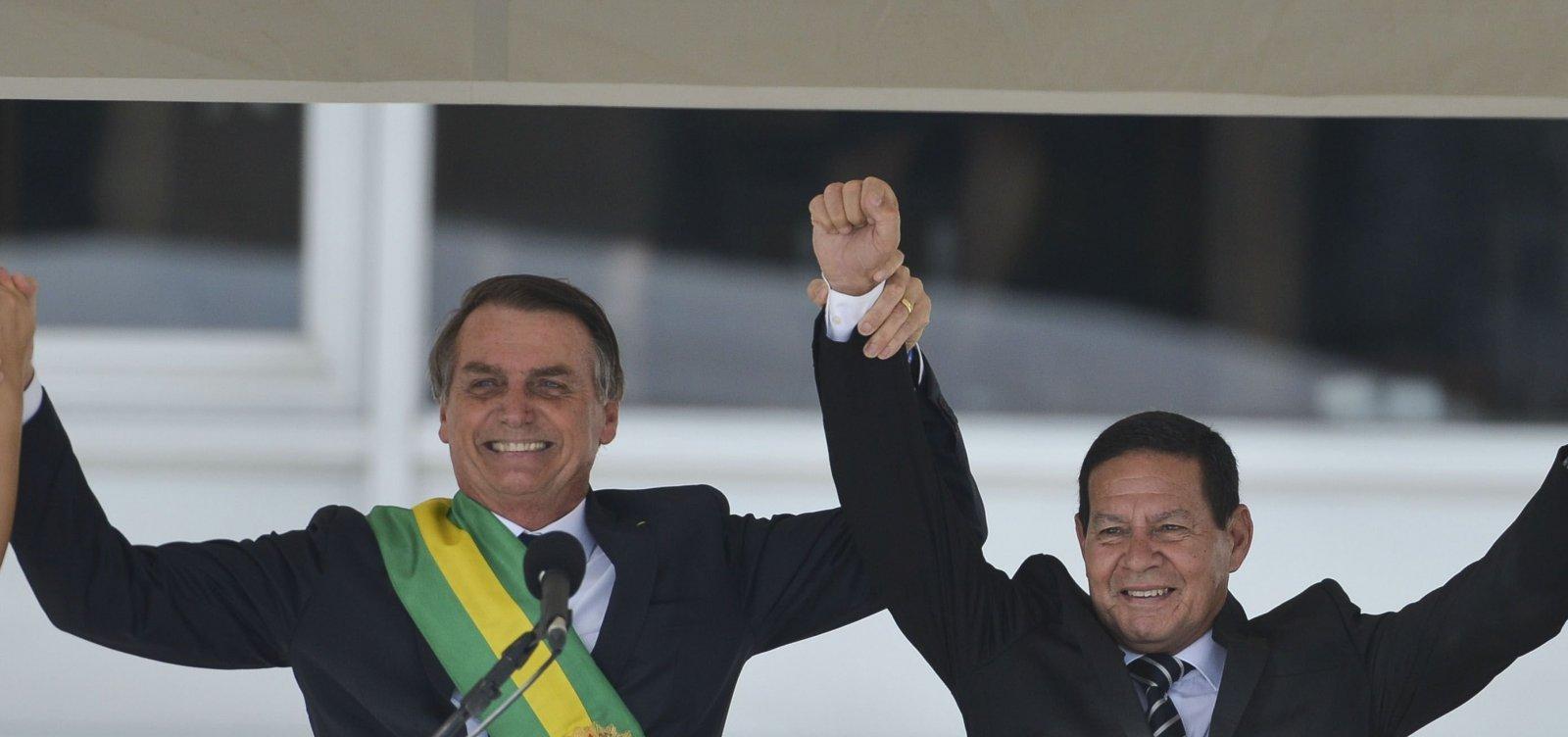[Para núcleo militar, publicação de vídeo foi ação de Bolsonaro contra Mourão]