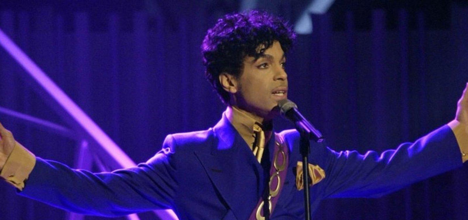[Biografia de Prince com capítulos escritos pelo próprio será lançada em outubro]