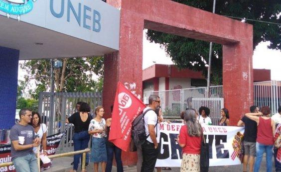 [Com greve nas universidades, governo lança proposta para promoção de professores]