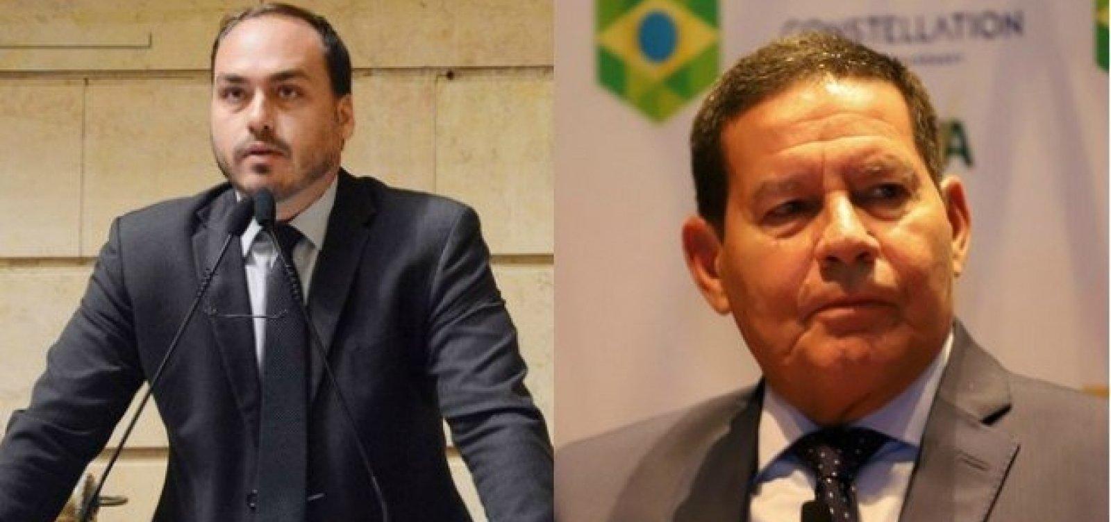[Carlos Bolsonaro ignora 'ponto final' indicado pelo pai e volta a atacar Mourão]