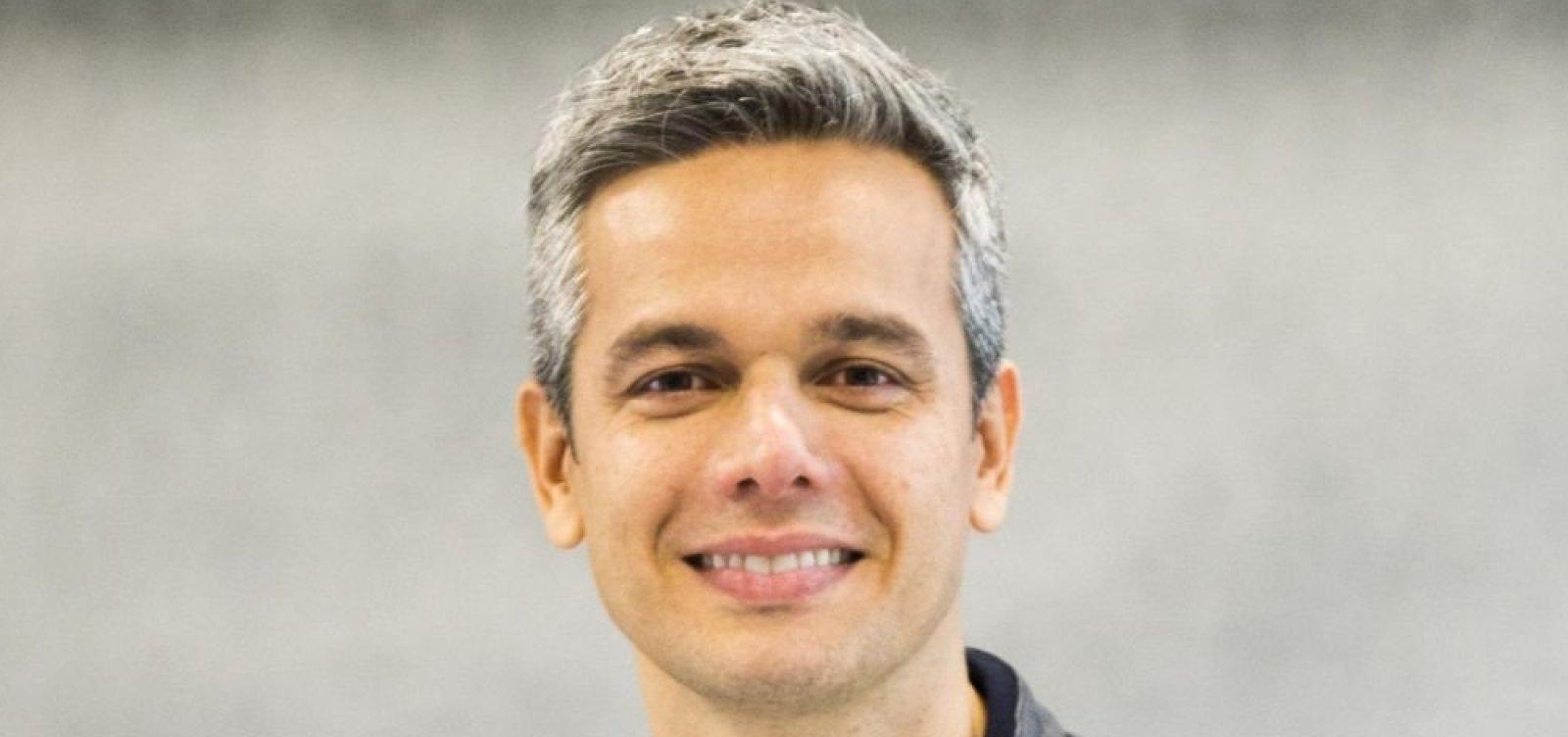 [Otaviano Costa não renova contrato com a Globo após 10 anos na emissora]