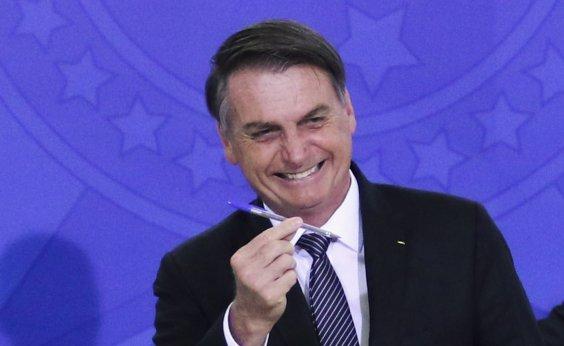 [Bolsonaro pede a ministros que evitem temas polêmicos nas redes sociais]