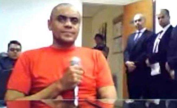 ['O cara é doidão', comenta advogado sobre autor da facada a Bolsonaro]