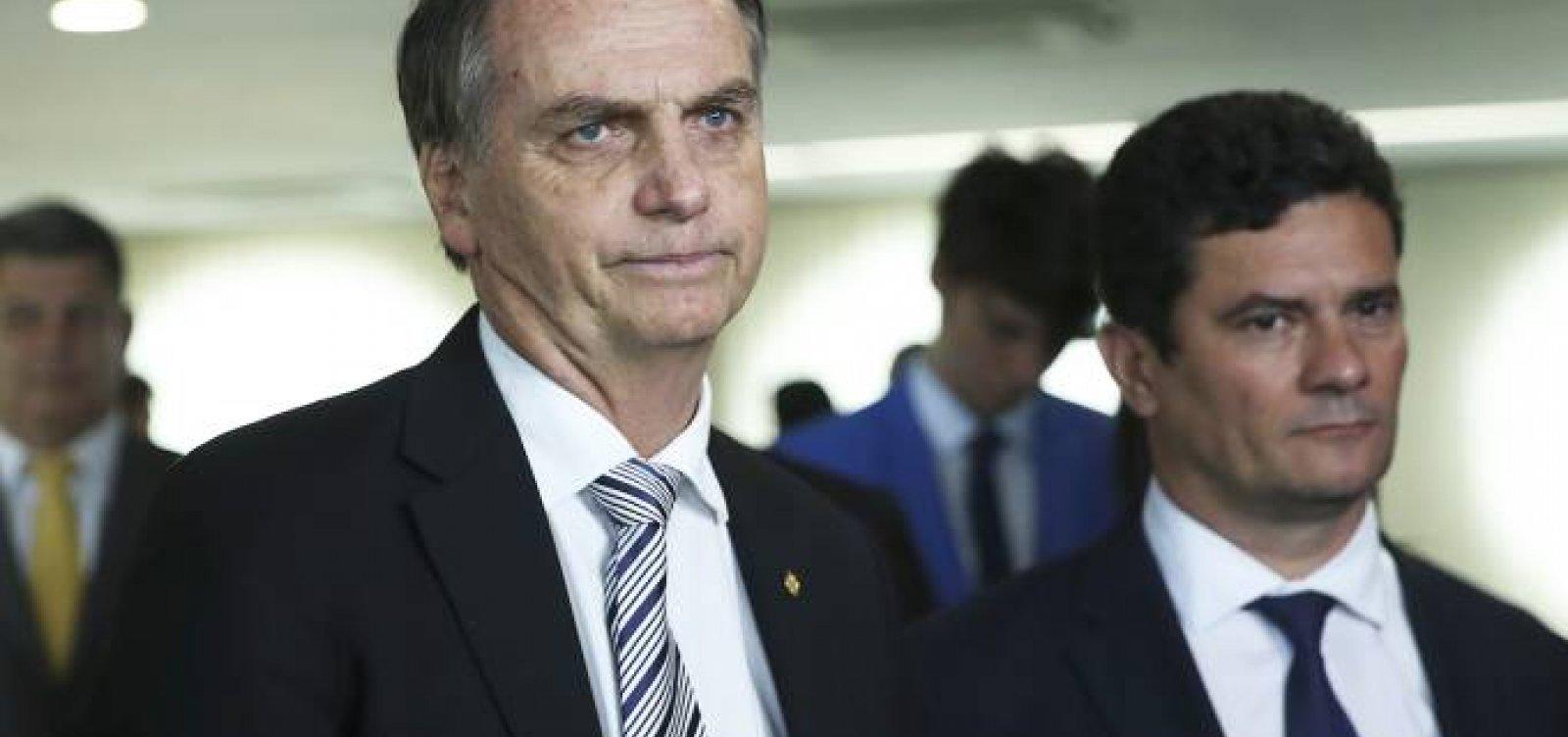 [Bolsonaro nega que Moro escolherá próximo procurador da República]