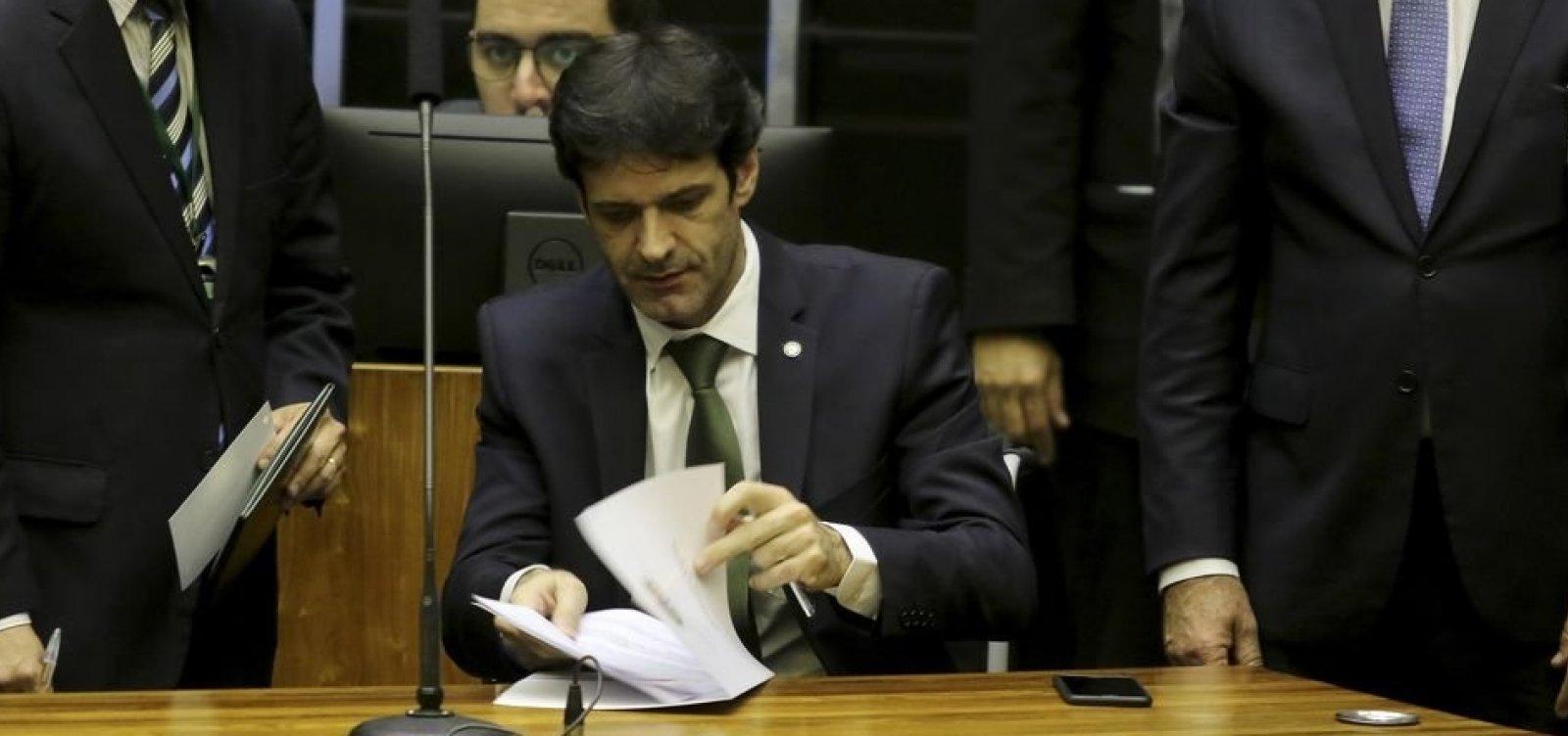 [PF diz ter indícios concretos de mentiras em gastos eleitorais de laranjas do PSL]
