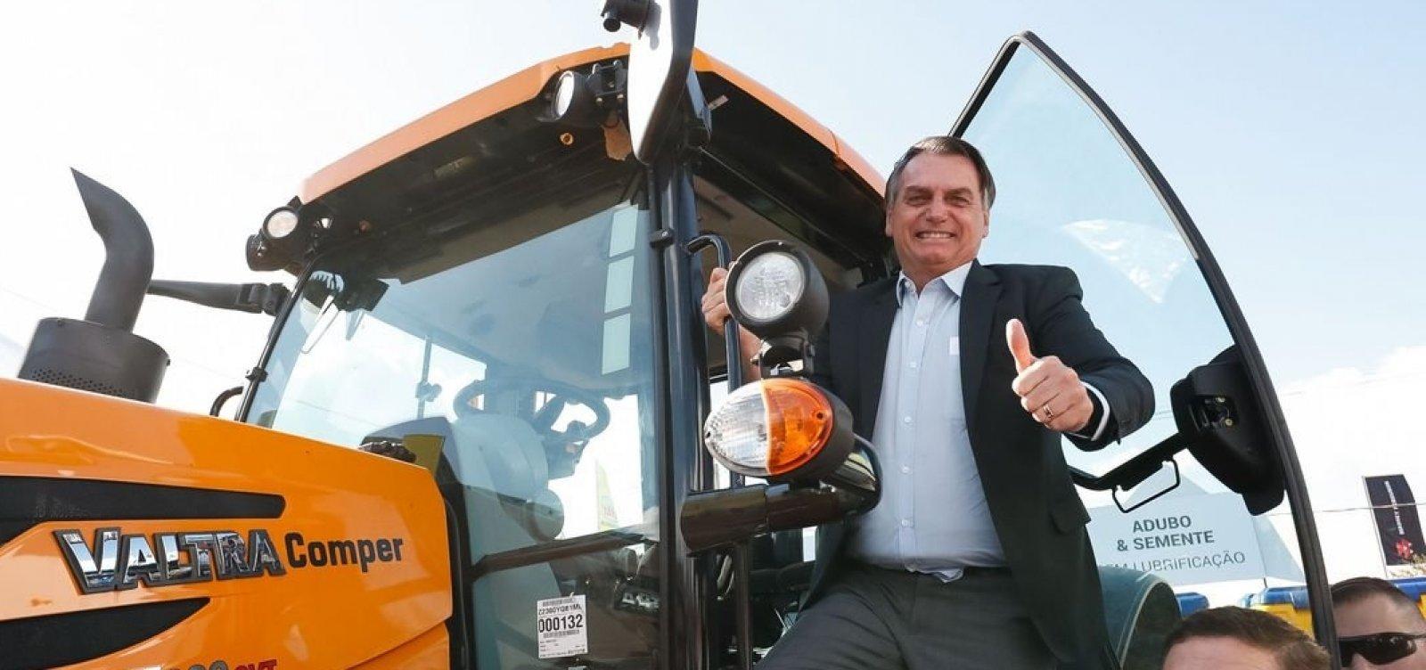 [Bolsonaro quer tirar punição de proprietário rural que atirar em invasor]