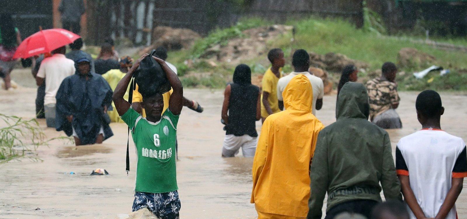 [Ciclone Kenneth já deixou 38 mortos em Moçambique]