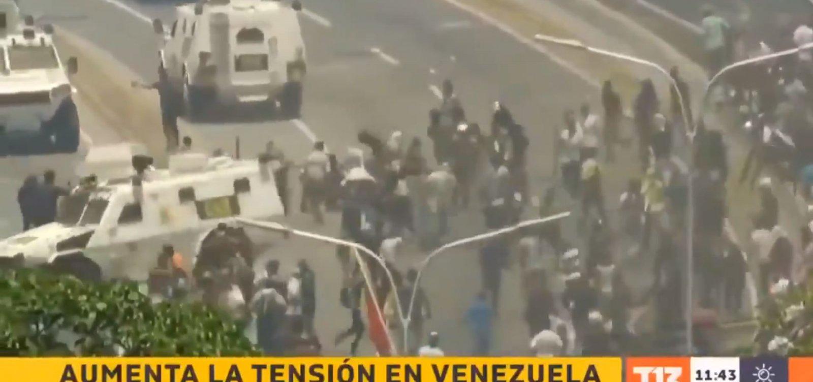 [Assista: blindados atropelam manifestantes contra Maduro na Venezuela]
