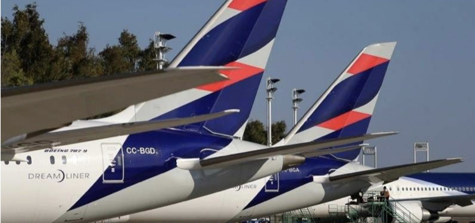 [Latam Airlines anuncia três novos voos internacionais partindo de Brasília]