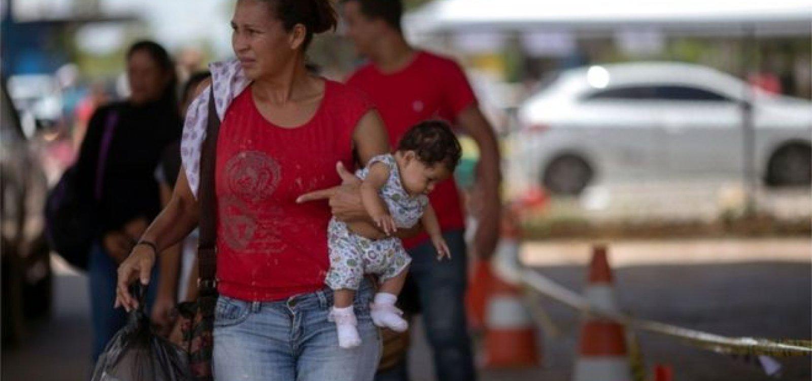 [Entrada de venezuelanos na fronteira com o Brasil triplicou na última terça]