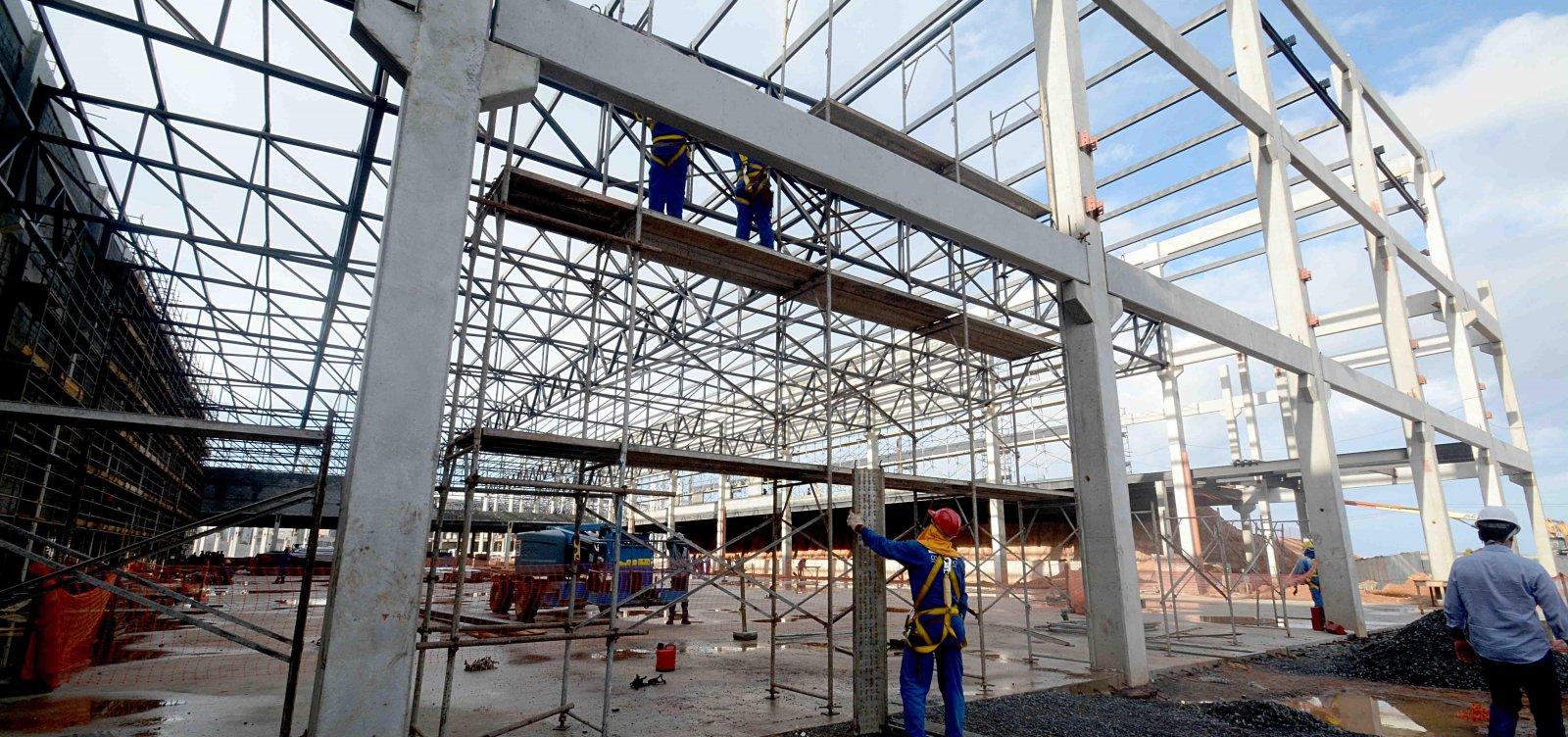 [Obras do Centro de Convenções estão 35% concluídas; secretário destaca avanços]