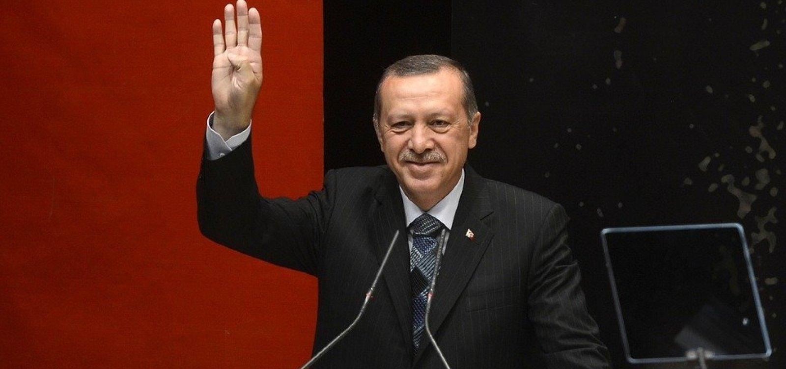 [Corte anula eleição em Istambul após derrota do partido do presidente]