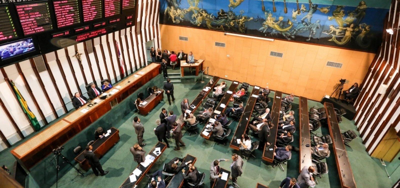 [STF estende imunidade de prisão a deputados estaduais]