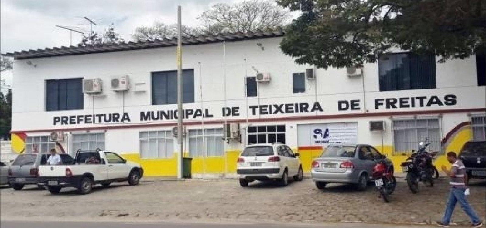 [Justiça bloqueia R$ 3 milhões em contas da prefeitura de Teixeira de Freitas]