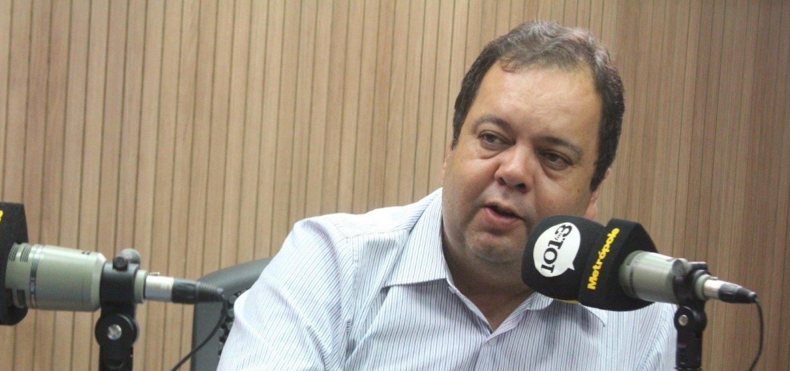 [Comentários do filho de Bolsonaro 'não têm importância', diz Elmar Nascimento]
