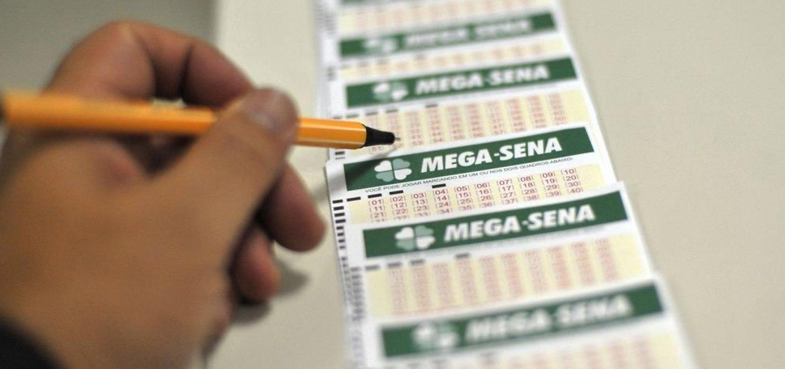 [Sorteio da Mega Sena pode pagar prêmio histórico de R$ 275 milhões]