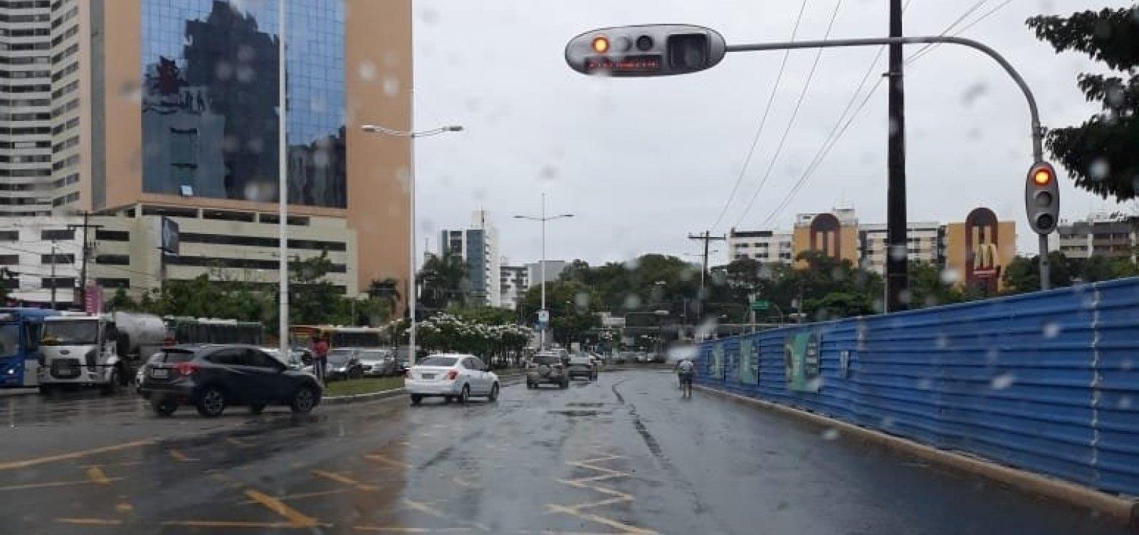 [Em dia de chuva, Defesa Civil registra 36 solicitações em Salvador]