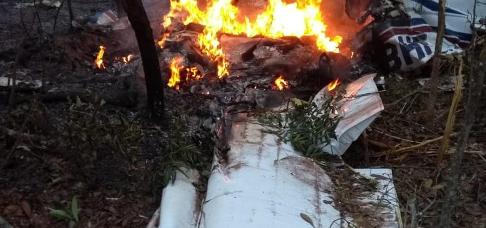 [Médico e esposa morrem em queda de avião no Mato Grosso do Sul]