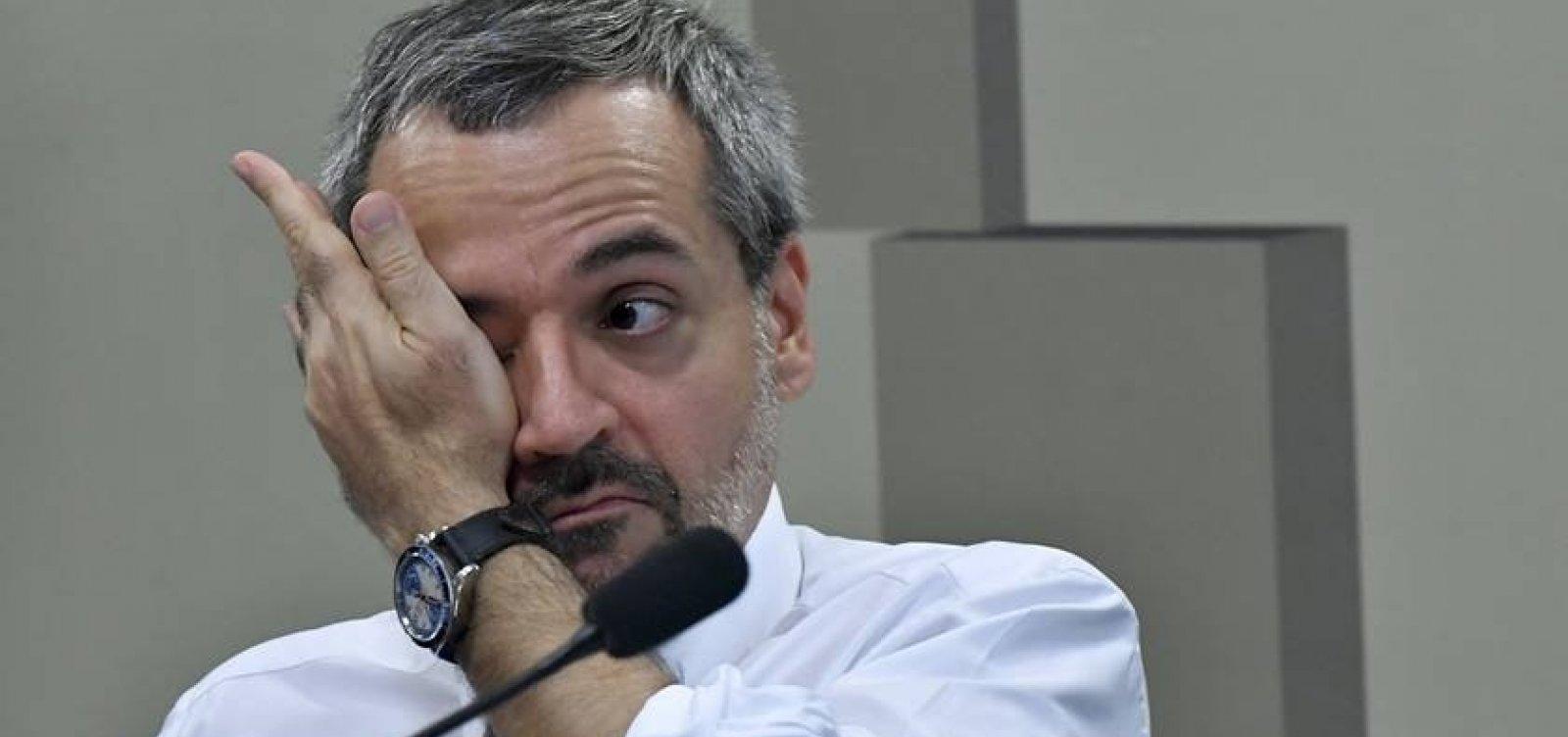 [Ministro confirma que recebeu ligação de Bolsonaro para recuar de cortes]