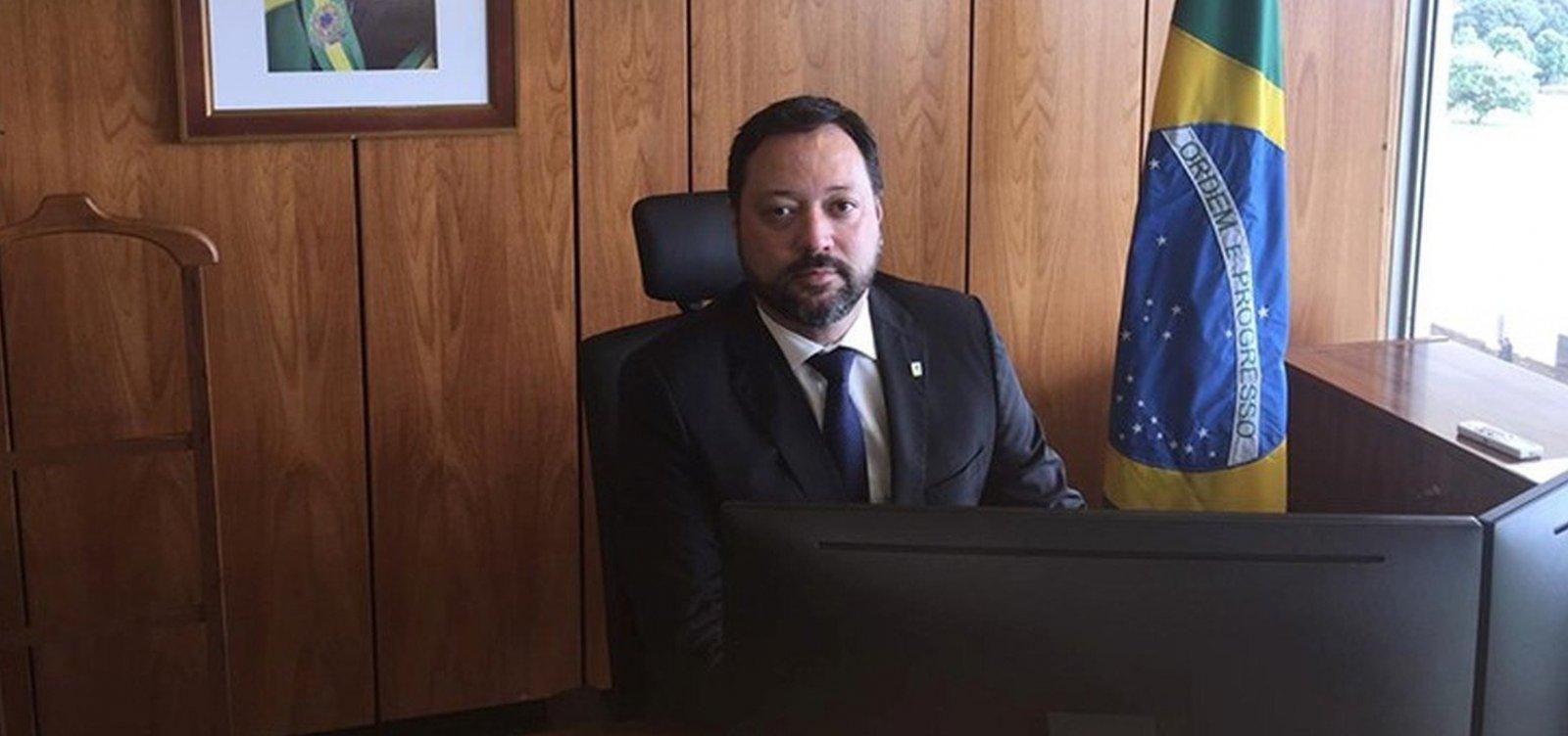 [Após pedido de demissão, novo presidente do Inep é nomeado]