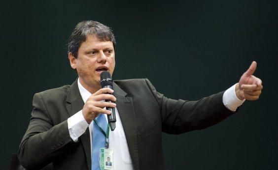 [Ministro anuncia fundação de empresa da AirEuropa; medida pode beneficiar Salvador]