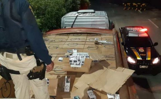 [PRF apreende carreta com 420 mil maços de cigarro contrabandeados do Paraguai]