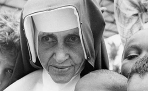 [Missa comemora 60 anos das Obras Sociais Irmã Dulce]