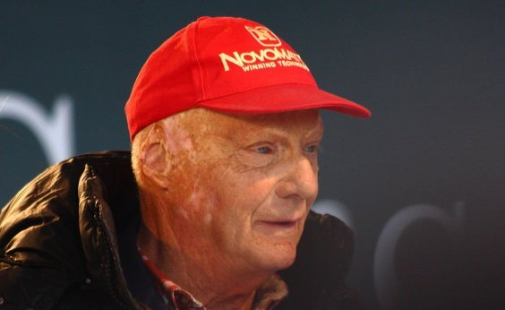 [Tricampeão da Fórmula 1, Niki Lauda morre aos 70 anos]