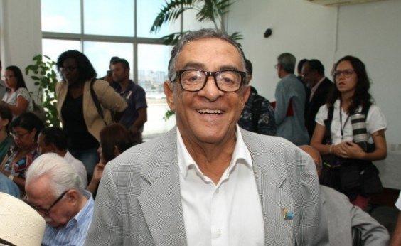 [Câmara concede Medalha Tomé de Souza ao jornalista e radialista José Oswaldo]
