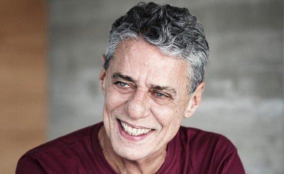 [Chico Buarque vence Prêmio Camões de literatura]