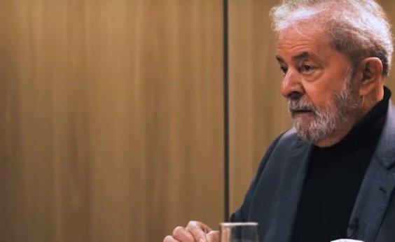 [Lula: 'Bolsonaro é a velha política, eu sou a nova']
