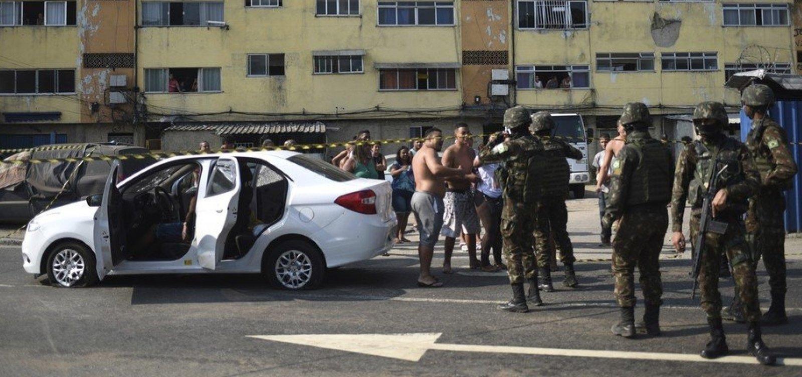 [STM libera 9 dos militares que fuzilaram carro de músico no Rio]