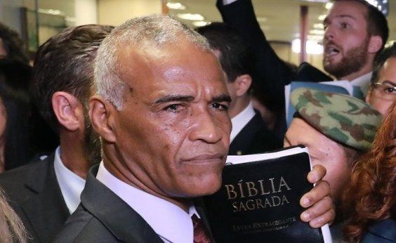 [Isidório diz que 'falava sério' sobre interlocução com Bolsonaro]