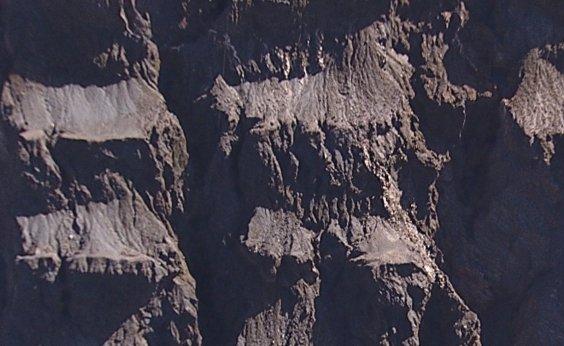 [Movimentação de talude em mina da Vale em Barão de Cocais atinge 20 cm em alguns pontos]